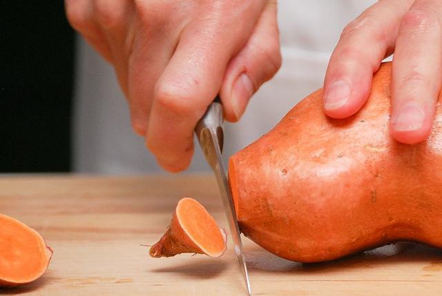 prep-sweet-potatoes